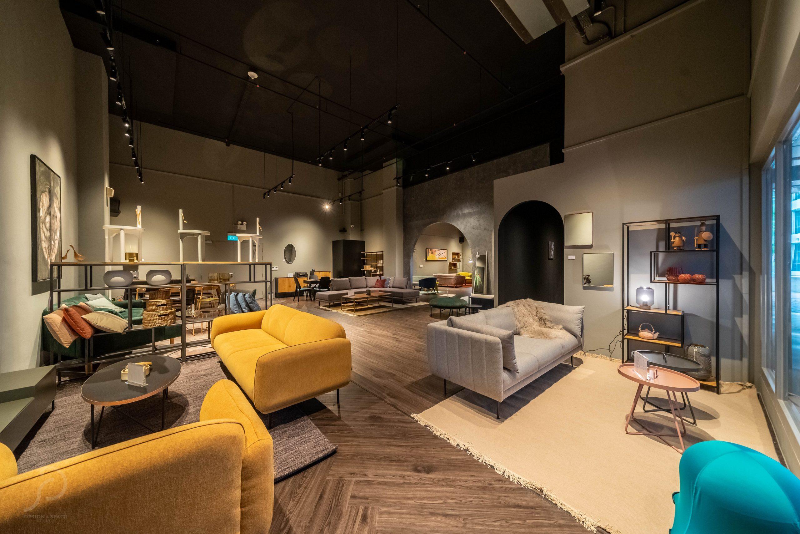 Furniture boutique1