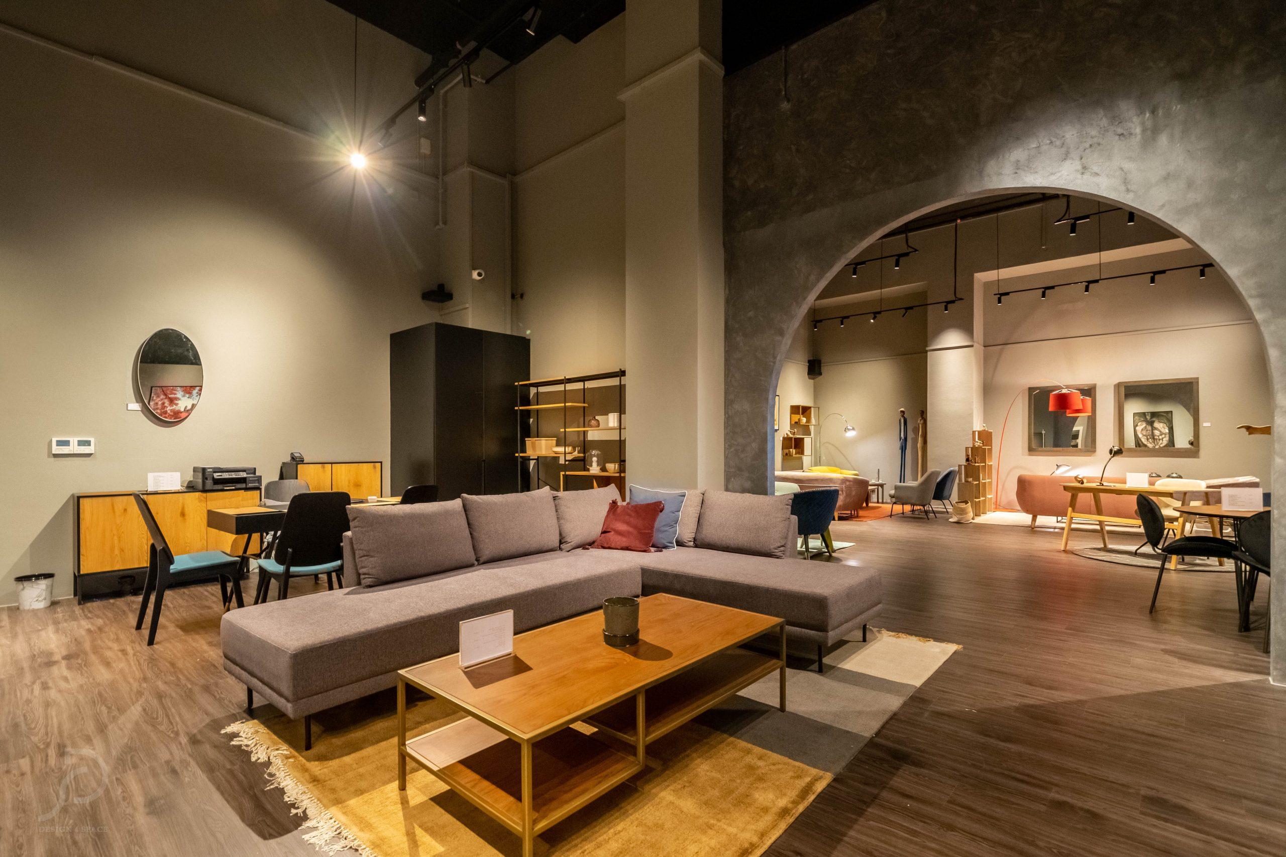 Furniture boutique17