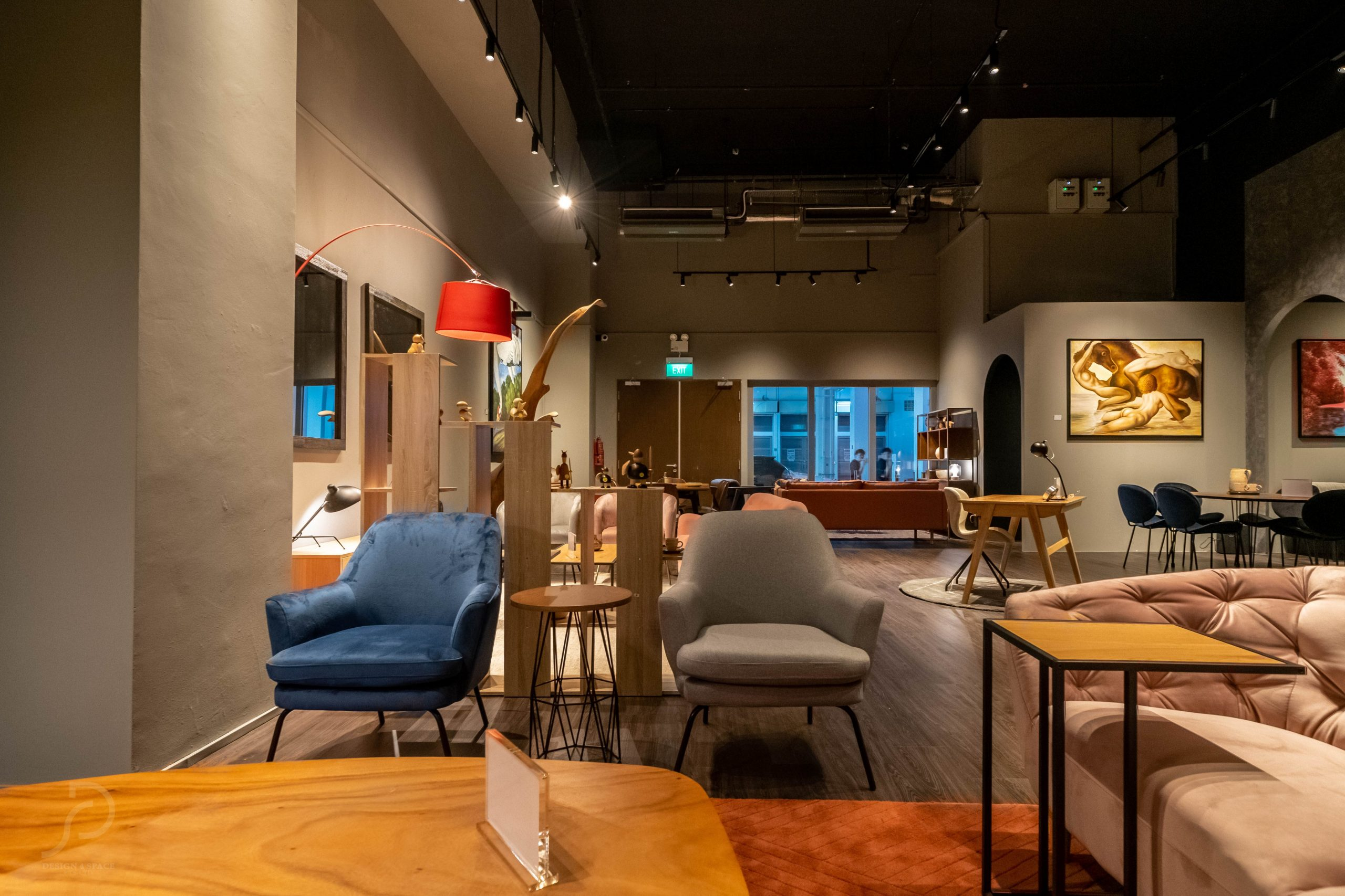 Furniture boutique40