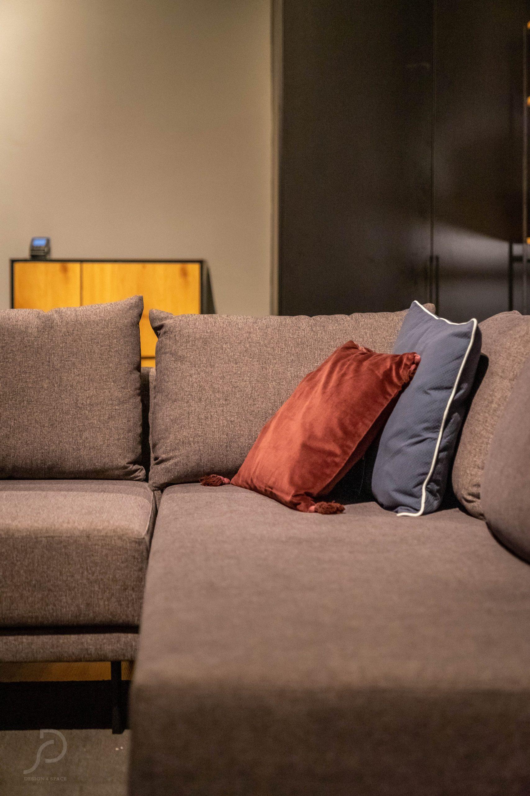 Furniture boutique56